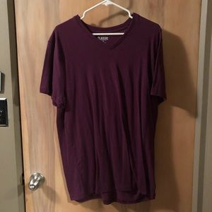 Old Navy Maroon Classic V-Neck T-Shirt Sz L